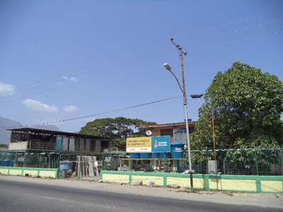 Venta Ferreteria Con Dos Apartamentos Guacara Carabobo Rb
