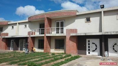 Th Villa Caroni
