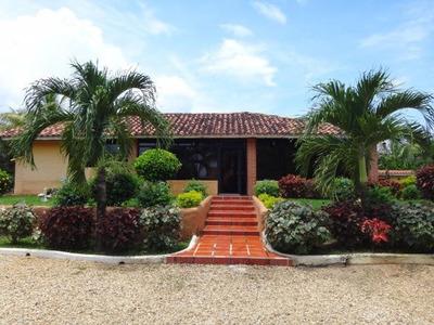 Venta Espectacular Casa Campestre Safary Carabobo Rb
