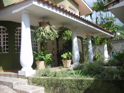 Casa En Urbanización Privada Prebo Iii Con Piscina!!!