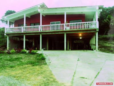 Casas En Venta En Miranda - Costa Mirandina